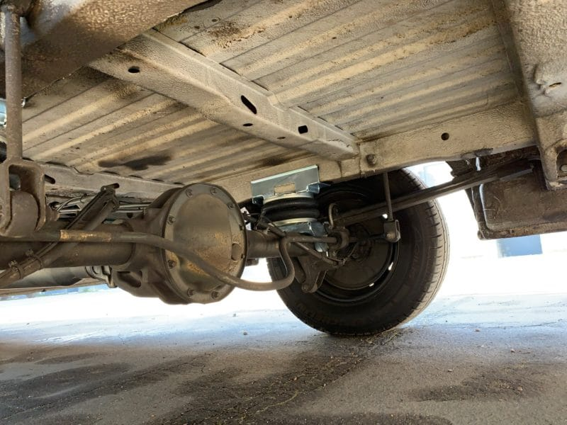 rear van axle with air suspension