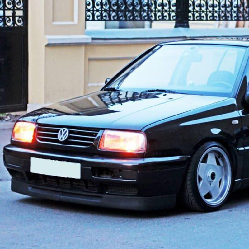 Volkswagen - vw-vento-2.jpg